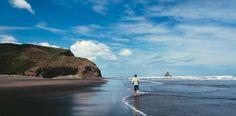 Rannalla Uudessa-Seelannissa