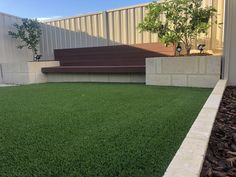 Have a look at this superb artificial grass courtyard - what an ingenious concept Front Yard Planters, Garden Retaining Wall, Retaining Walls, Courtyard Landscaping, Landscaping Ideas, Garden Planter Boxes, Box Garden, Artificial Turf, Small Garden Design