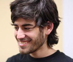 Aaron Swartz e a cruzada por dados abertos - http://wp.clicrbs.com.br/vanessanunes/2013/01/14/aaron-swartz-e-a-cruzada-por-dados-abertos/?topo=13,1,1,,,13