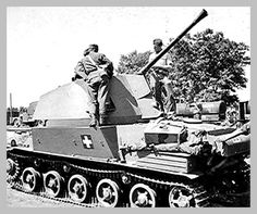 ► Photothread: Hungarian Armor in - Page 2 - Axis History Forum Tank Destroyer, Ww2 Photos, War Dogs, Armored Fighting Vehicle, Ww2 Tanks, Military Weapons, Armored Vehicles, War Machine, Military History