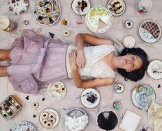 Lee Price: american figurative realist artist.