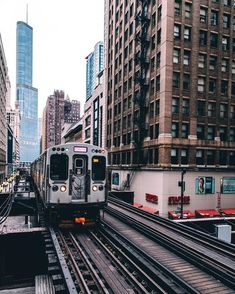 Chicago Loop - The Elevated train