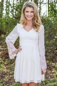 Must have, ivory dress with stunning embroidered bell sleeves! Want, need, love! Absolutely stunning! Repin!