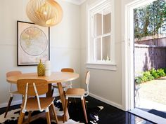 DREAMY DINING ROOMS: Simple + Modern Apartment in Sydney 11/3/2012 via Desire to Inspire
