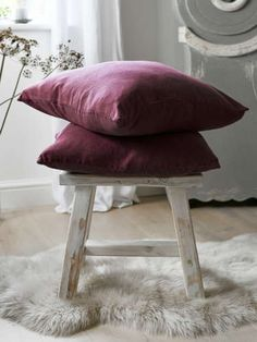 Add a little calm to your home with our lovely deep plum linen cushion. Purple Cushions, New Nordic, Pink Room, Slow Living, Nordic Design, Cushion Pads, Decoration, Home Furnishings, Plum