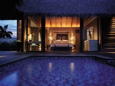Google Image Result for http://www.luxuo.com/wp-content/uploads/2009/06/shangri-la-maldives-villa.jpg