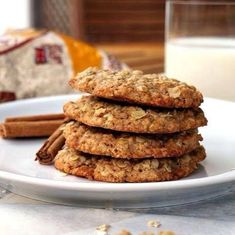 bite these goodies: Cinnamon oatmeal cookies Cookie Desserts, Just Desserts, Cookie Recipes, Delicious Desserts, Dessert Recipes, Yummy Food, Yummy Treats, Tasty, Oatmeal Cookies