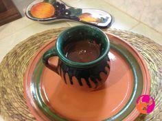 TAQUERÍA EL EMILIANO TE PLATICA sobre el  atole. Esta bebida también tiene su origen en el México antiguo, aunque en aquella época solo se tomaba el atole blanco. Preparado a base de fécula de maíz, se dice que el entonces conocido como Atolli.  #elEmiliano www.elemiliano.com