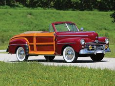 1947 Ford Super DeLuxe Sportsman Convertible | Hershey 2015 | RM Sotheby's