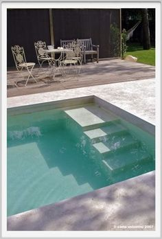 Riva Lofts, Florence, Italie by Claudio Nardi architects / outdoor space / pool - Piscina