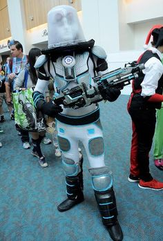 This Mr.Freeze cosplay is giving us the chills.