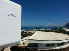 Y desde Famara #Lanzarote otra instalación #WiFiCanarias #AirInternet #WirelessWednesday #ubiquiti #nanoLoco