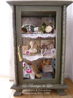 Victorian spirit  Curio  Collection of treasures  by AtelierdeLea, €199.00
