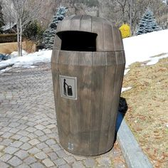 Sherwood™ litter bin is manufactured from Everwood™ material, a unique, realistic timber grain polymer. #GlasdonUK #ExternalLitter #Bins #WoodEffect