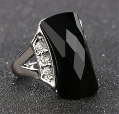 Phesee Black Resin Fashion Bijoux Crystal Rings Vintage Jewelry Female Retro Daily Wearing Silver Color Ring For Women Turkish Rings, Turkish Jewelry, Opal Rings, Stone Rings, Rings For Girls, Rings For Men, Vintage Rings, Vintage Jewelry, Color Ring