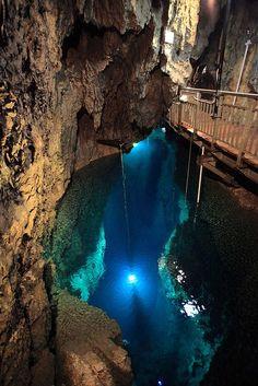 Underground lakes - Iceland