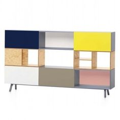 color blocked modular shelving. Must find a way to imitate this somehow...