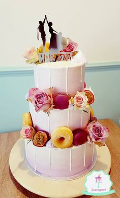 Wedding Cake with real Flowers, Donuts, Macarons and fresh fruits!