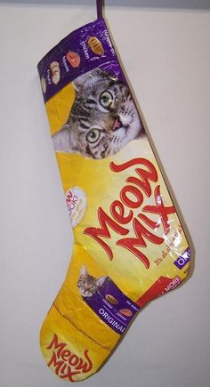 Cat Christmas stocking. I so have to do this. It's the ONLY thing Ebby will touch.