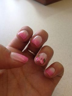 Nails roses
