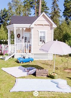 Side view of play cottage...by Krista Keltanen blog.