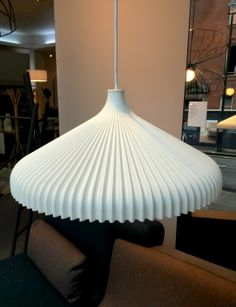 Calicot suspended ceiling light in moulded polyurethane foam by Roset's favourite Nathan Yong. shade / compact fluo bulb warm with textile cable Suspended Ceiling Lights, Wall Lights, Ligne Roset, Polyurethane Foam, Lamps, Lighting, Compact, Cable, Warm
