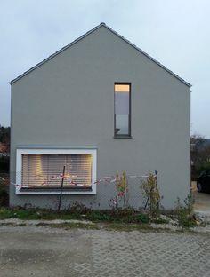 Hausfassade Streichen Wie Oft eine farbliche stimmige fassade in grau mehr dazu kolorat de