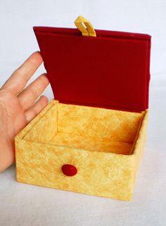 Hechos a mano de la tela de la caja que brilla intensamente Autumn Leaves porciones PatchworkMill