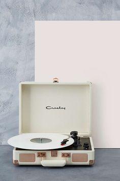 Crosley Cruiser Rose Gold UK Plug Record Player