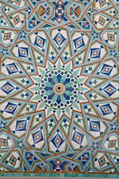 Moroccan Wallpaper for Walls - WallpaperSafari Moroccan Art, Moroccan Design, Moroccan Tiles, Turkish Design, Moroccan Interiors, Moroccan Wallpaper, Tile Wallpaper, Tile Art, Mosaic Art