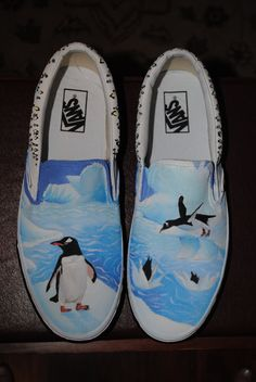 Penguin vans I painted for my cousin. These aren't for sale on Etsy, but my Gorillaz vans are if you're interested. Penguin World, Penguin Life, Penguin Art, All About Penguins, Cute Penguins, Penguin Wedding, Penguin Tattoo, Penguin Pictures, Vans