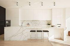 Minimalist Cloverdale Residence | The Color & Shape