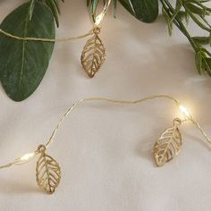 20 Gold Leaf Battery Operated Micro LED Fairy String Lights on Gold Wire White String Lights, String Lights Outdoor, Outdoor Lighting, Gold Filigree, Gold Leaf, White And Gold Decor, Feuille Eucalyptus, Cute Office Decor