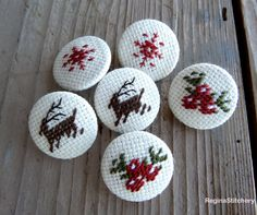 Christmas Fabric buttons covered buttons by ReginaStitchery