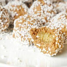 Kanelbullebollar med mandelmassa - Matinspo.se Healthy Baking, Sugar, Food, Nice, Instagram, Eten, Nice France, Meals, Diet