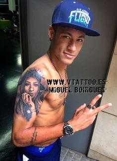 De nuevo Miguel ha plasmado su arte en la piel de Neymar Jr.En esta ocasión Neymar ha elegido algo tan personal como el retrato de su hermana: Rafaella Beckran.Esperemos que os guste.