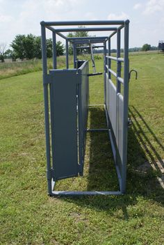 Cattle Working Equipment - Livestock Equipment - GoBob Pipe and Steel