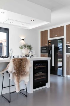 Modern, Kitchen, Table, Furniture, Design, Home Decor, Kitchens, Trendy Tree, Cooking