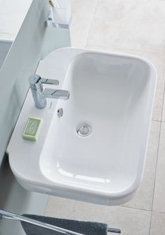 Duravit Happy D.2. Handrinse Basin #070950 / 19-5/8 x 14-5/8