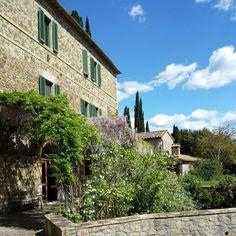 #coldorcia #valdorcia #toscana #amazing #amazingcolours #montalcino #italy #italianwine