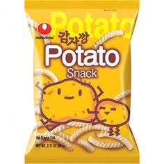 Nongshim Potato Flavored Snack (◕ᴥ◕) Kawaii Panda - Making Life Cuter Japanese Grocery, Asian Grocery, Japanese Snacks, Japanese Sweets, Potato Snacks, Savory Snacks, Cute Snacks, Lunch Snacks, Chocolate Basket