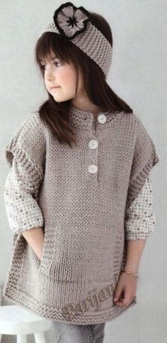 Knitting poncho for kids baby sweaters 48 ideas Crochet Baby Poncho, Crochet Toddler, Knitted Poncho, Poncho Knitting Patterns, Easy Crochet Patterns, Lace Knitting, Toddler Poncho, Girls Poncho, Baby Pullover