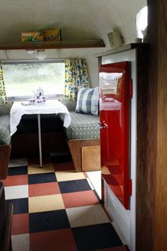 1960 Airstream Safari Trailer