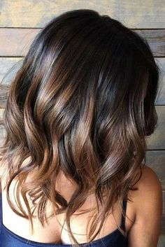 28 Incredible Examples of Caramel Balayage on Short Dark Brown Hair.Caramel Balayage on Short Dark Brown HairRecently, most famous lopped […] Brown Ombre Hair, Brown Hair Balayage, Balayage Brunette, Ombre Hair Color, Light Brown Hair, Hair Color Balayage, Hair Highlights, Caramel Balayage, Hair Colors