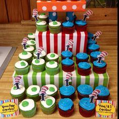 Green Eggs cupcakes / Thing 1&2 cupcakes! Egg Cupcakes, Types Of Desserts, Green Eggs, Thing 1 Thing 2, Party Ideas, Teaching, Food, Essen, Ideas Party