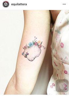 #tattoo #shelltattoo #shell #small