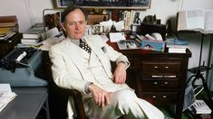 Tom Wolfe, 'Right Stuff' Author and New Journalism Legend, Dead at 88 - Rolling Stone