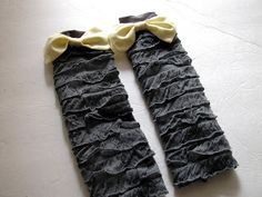 Ruffle Fabric Legwarmers. I'll make these foe myself w/out the bows. I bet they would look so cute with some skinny jeans...YES!