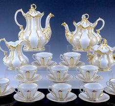 Bid Live on Lot 49 in the Royal Antiques End of Winter Auction Auction from Royal Antiques . Coffee Service, Tea Service, Party Things, China Patterns, Chocolate Coffee, Retro, Bone China, Tea Time, Tea Party