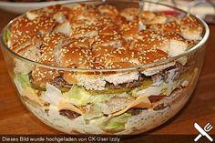 Big Mac Salat Big Mac Salad, a popular recipe from the Party category. Ratings: Average: Ø Big Mac salad (yummy!) On jLowcarb Big Mac Roll – only Carbs – BiLow Carb Big Mac Bites (Keto) Mac Salad Recipe, Salad Recipes, Snack Recipes, Cooking Recipes, Party Recipes, Burger Recipes, Drink Recipes, Good Food, Yummy Food